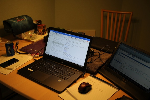Desk_sm.jpg